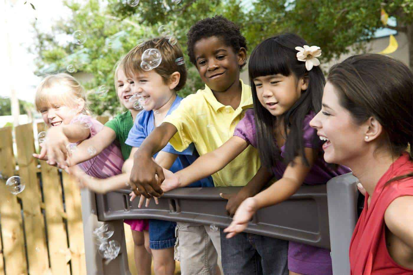 Expat Children Enjoy Life Abroad