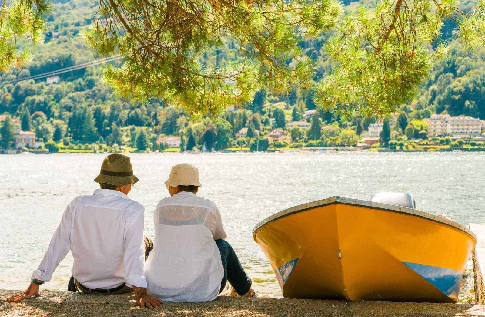 Banking, saving and investment in retirement abroad