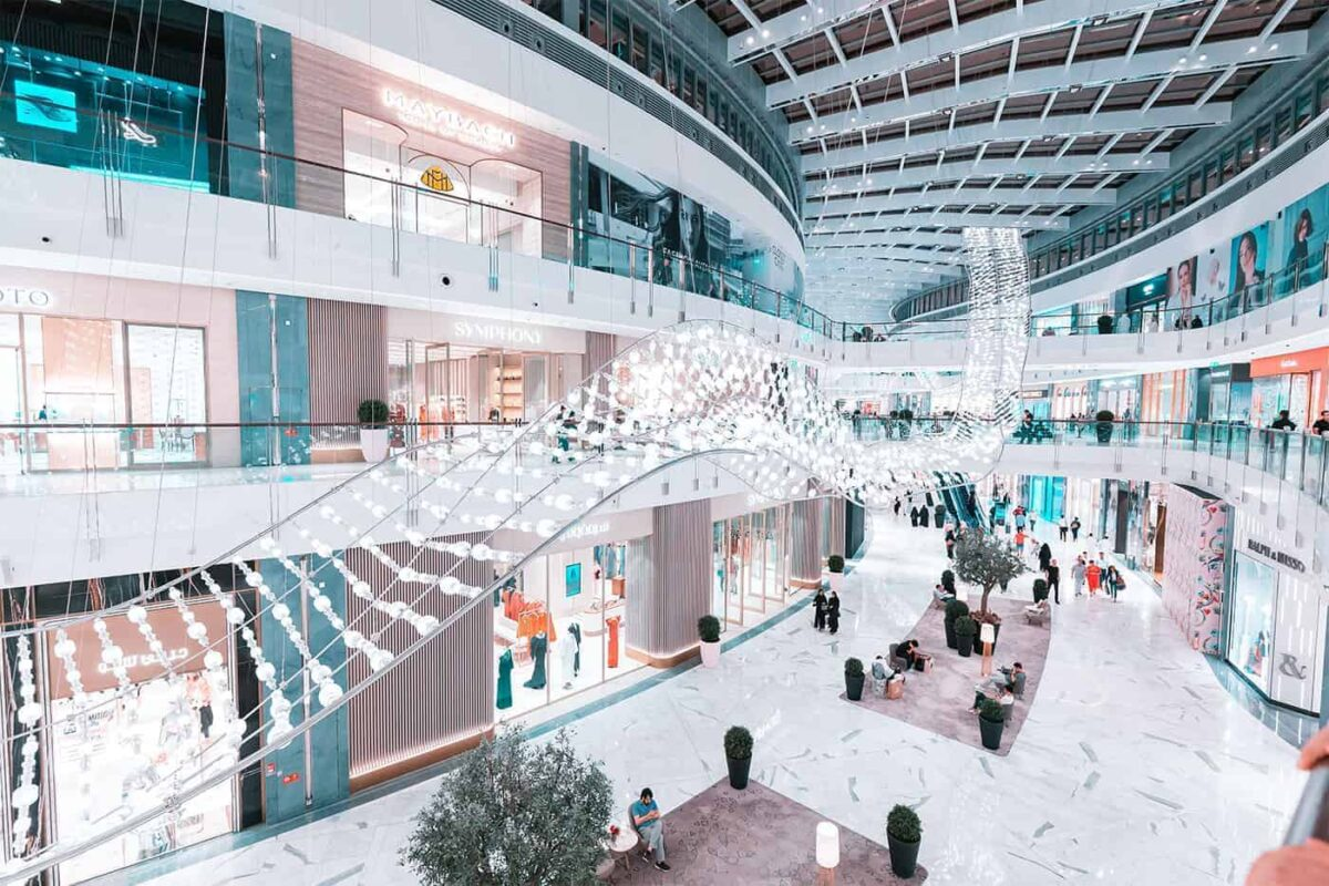 Dubai's shopping malls attract shoppers from around the globe