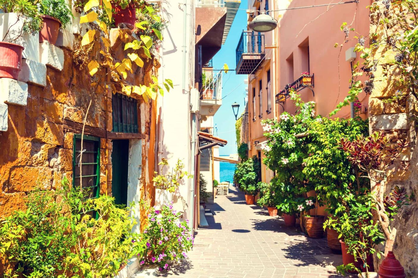 Bets places to live in Greece