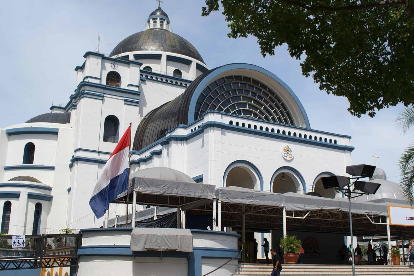 Best places to live in Paraguay - Caacupe